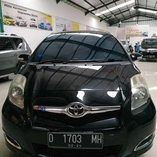 Toyota Yaris e matic 2010 hitam