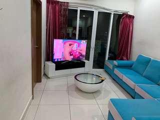Sofa + table whit  tv tarali