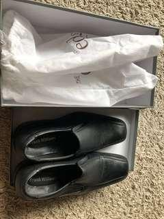 🚚 Frank williams leather formal shoes