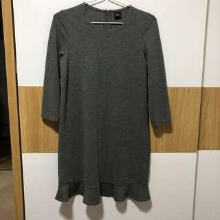 [SALE] grey long sleeve iora dress with scalloped edges