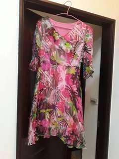 《賠本清衣櫃》浪漫渡假風短洋裝
