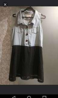 One piece denim + chiffon dress          全身柔軟牛仔布加雪紡裙。