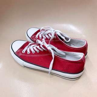 SPAO red shoes converse alike sneakers size 39