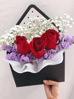 🚚 Envelope Rose Bouquet