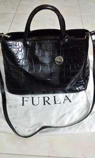 🚚 FURLA handbag