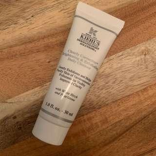 Kiehl's  醫學維C亮肌磨砂潔膚啫喱 clearly corrective brightening & exfoliating daily cleanser