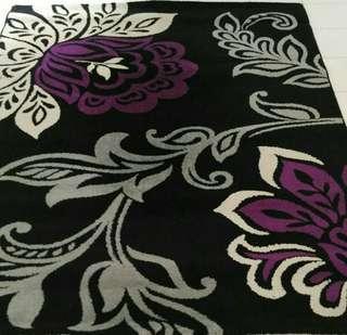 Karpet cantik motif bunga