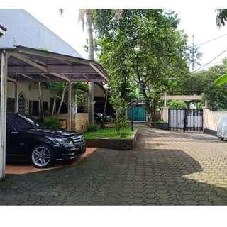 Rumah Mewah Swimming Pool Lokasi Pinggir Jalan Raya Antasari (war)