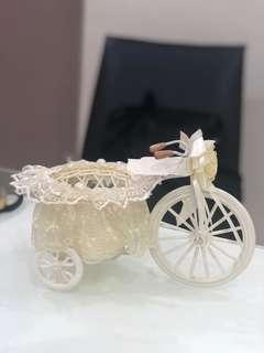 Wedding Deco bicycle in white lace