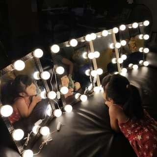 Cheapest Vanity mirror with 10 led light bulbs