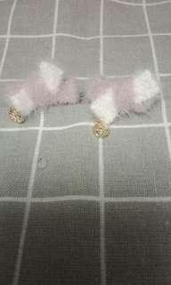 🚚 粉白雙色蝴蝶結貼耳款耳環