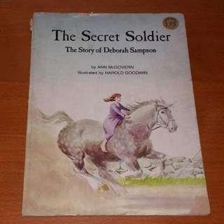 VINTAGE 1975 The Secret Soldier, The Story Of Deborah Simpson