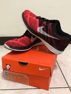 Nike編織