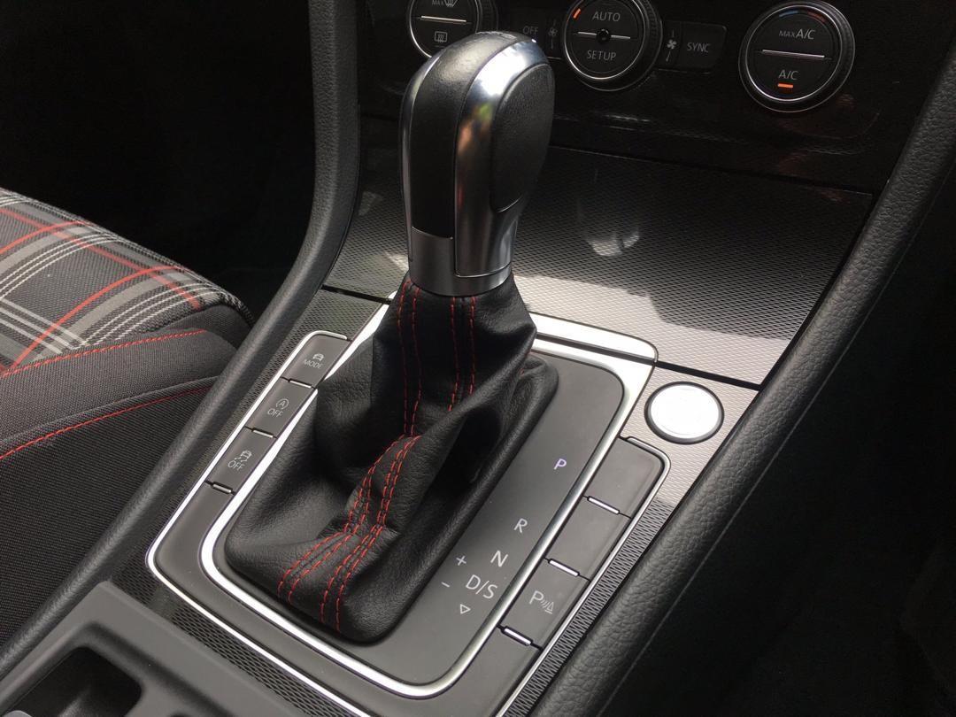 9128 ANDYW2VOLKSWAGEN GOLF GTI 2014 yrs 2.0BLACKINT BLACK, ALPINE MONITOR, M/FUNC STEERING, PADDLE SHIFT, PARK SENSOR, CAMERA, 18 S/RIMS