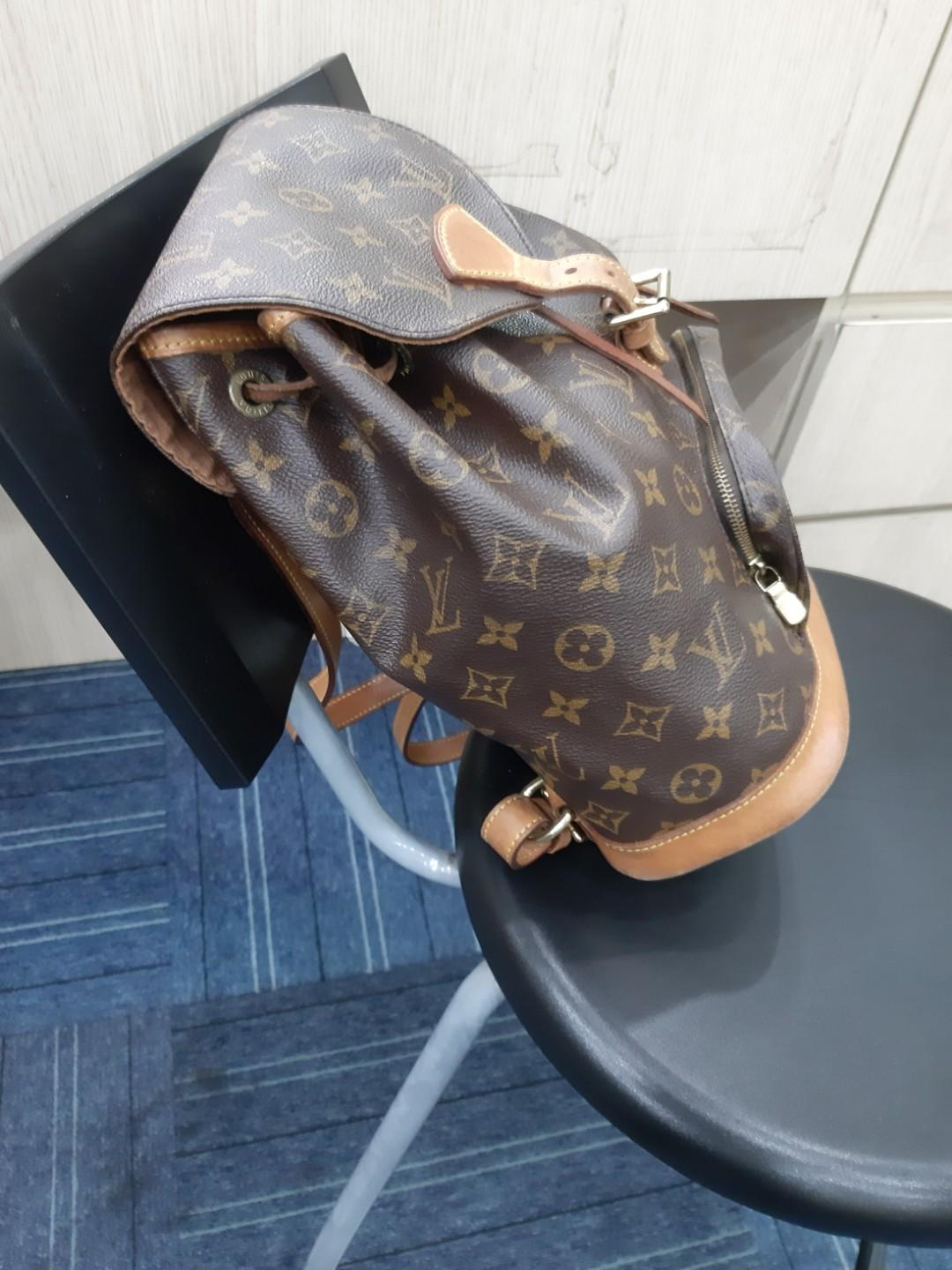 AUTHENTIC LOUIS VUITTON MONTSOURIS MM BACKPACK - OVERALL OK / GOOD - (NOW RETAILS AROUND  RM 7500+) - RM 1690