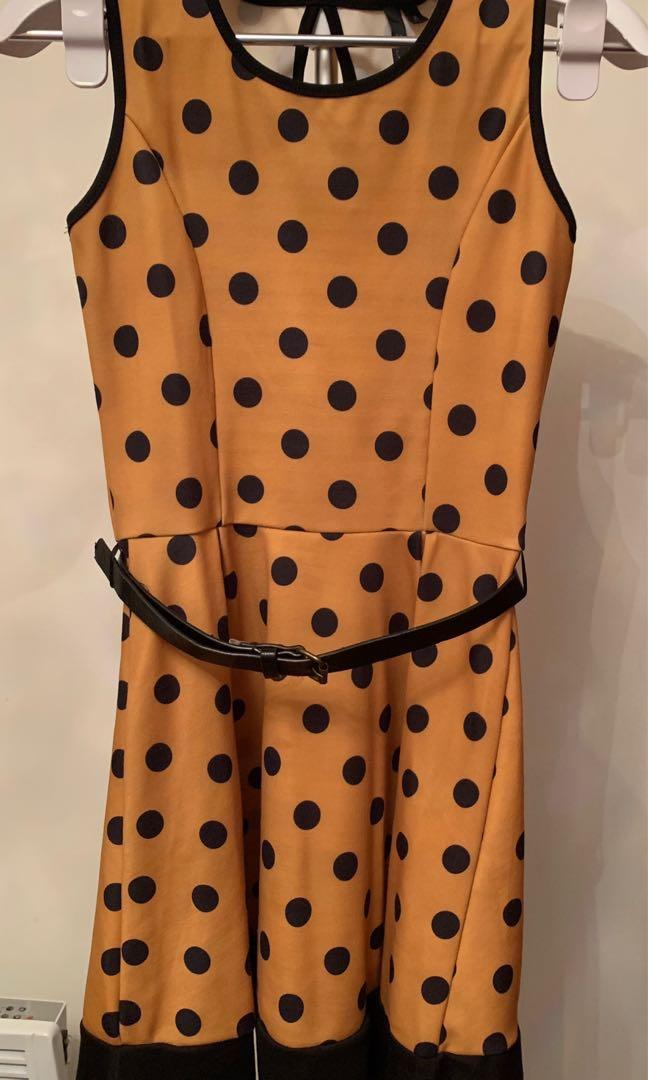 Belted polka dot pull-over dress - Black & yellow / mustard