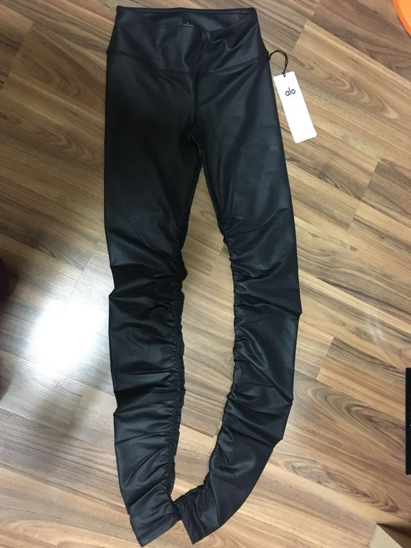 4b6018b68e BNWT XS Alo Yoga Glossy Black Full Length Idol Leggings, Sports ...