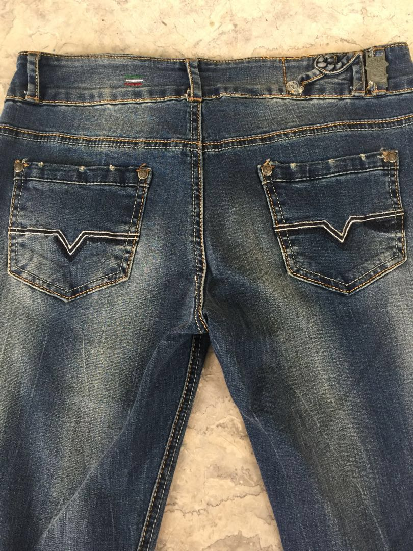 63835be7 Diesel Jeans Size 28, Women's Fashion, Clothes, Pants, Jeans ...