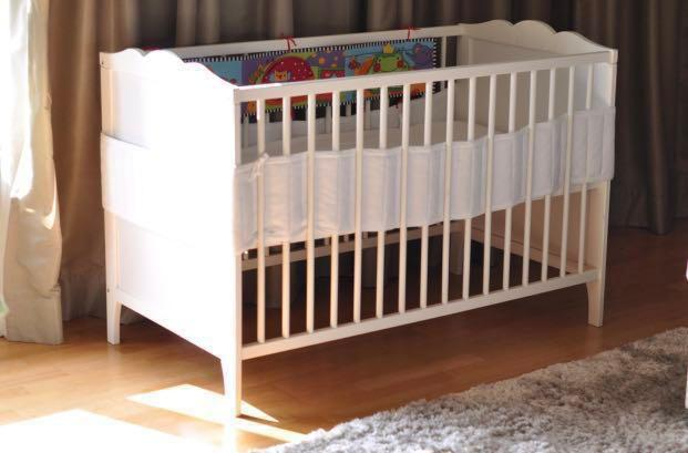 Ikea baby cot & mattress, ikea baby cot to let go