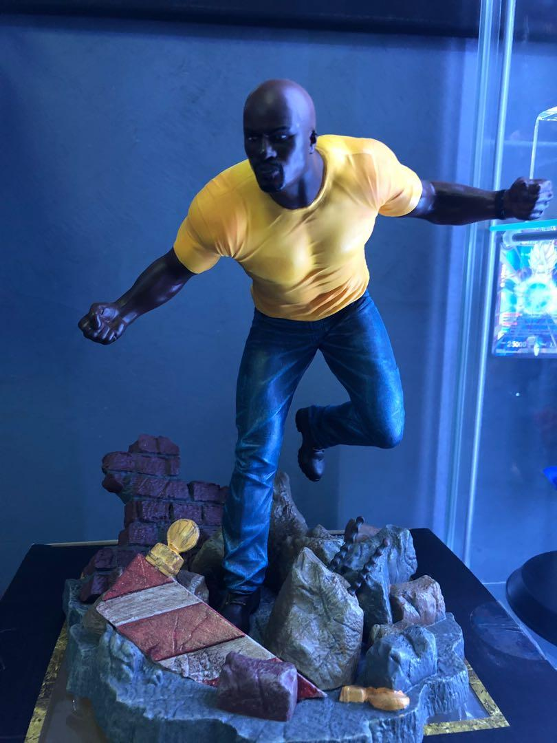 Luke cage and iron fist Netflix special edition figures