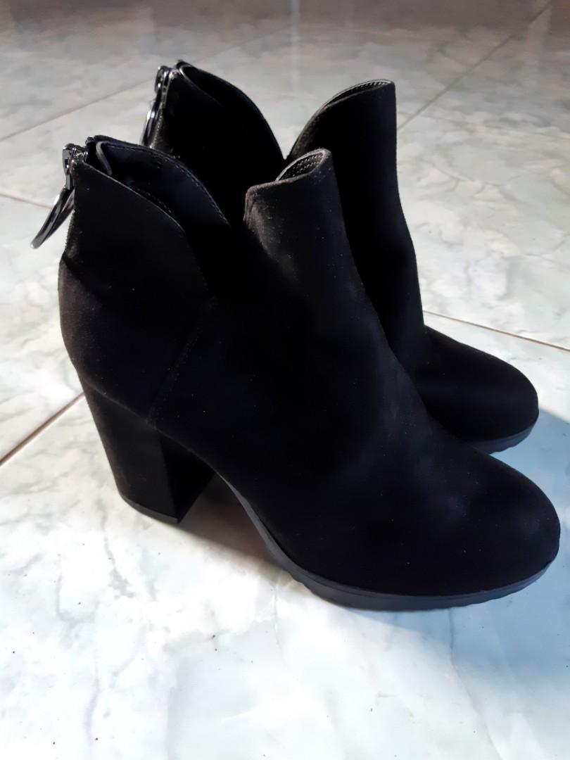 NEW!! Bershka Ankle Boots