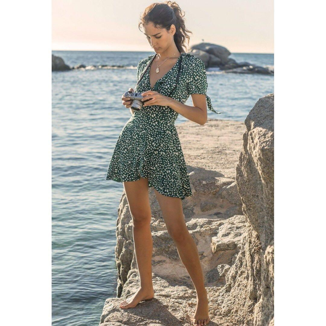 NEW WITH TAG - Seven Wonders Mon Cherie SS Wrap Mini Dress Emerald Green - CURRENT SEASON RRP $89