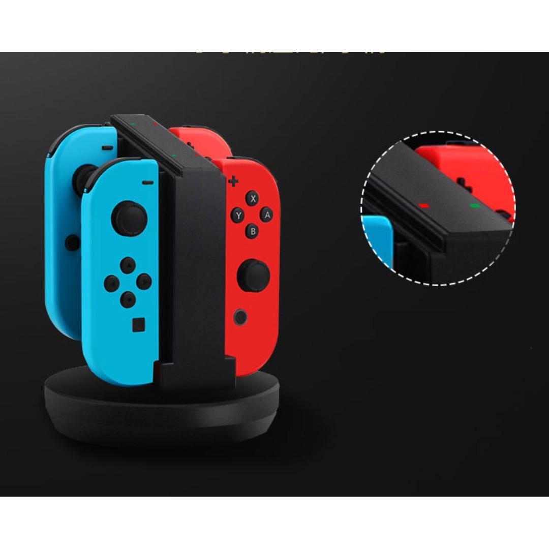 **Nintendo 任天堂SWITCH 遊戲機4手製同時充電座(直立式)!**