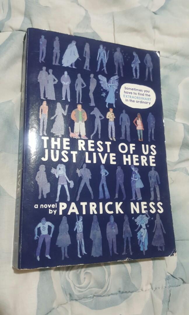 PRELOVED BOOKS 💖 The Rest of us just live here by Patrick Ness