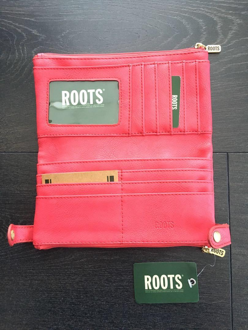 *REDUCED PRICE* ROOTS authentic wallet - Genuine leather
