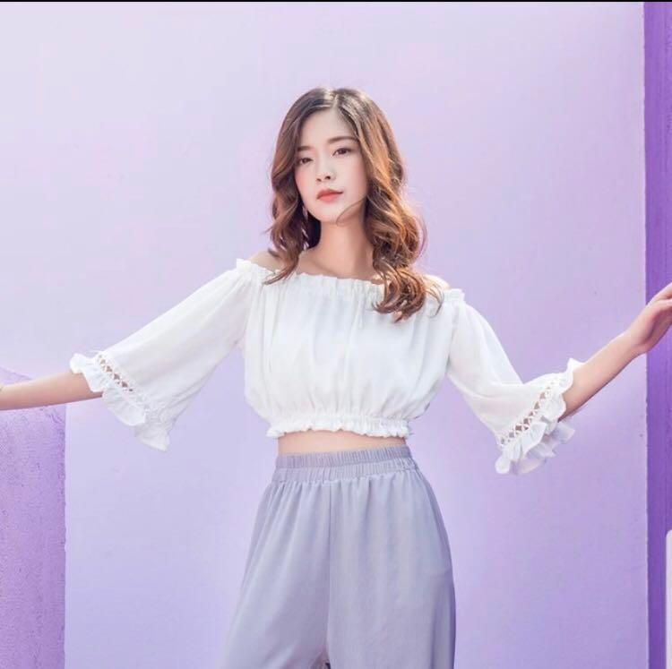 white off shoulder top ulzzang