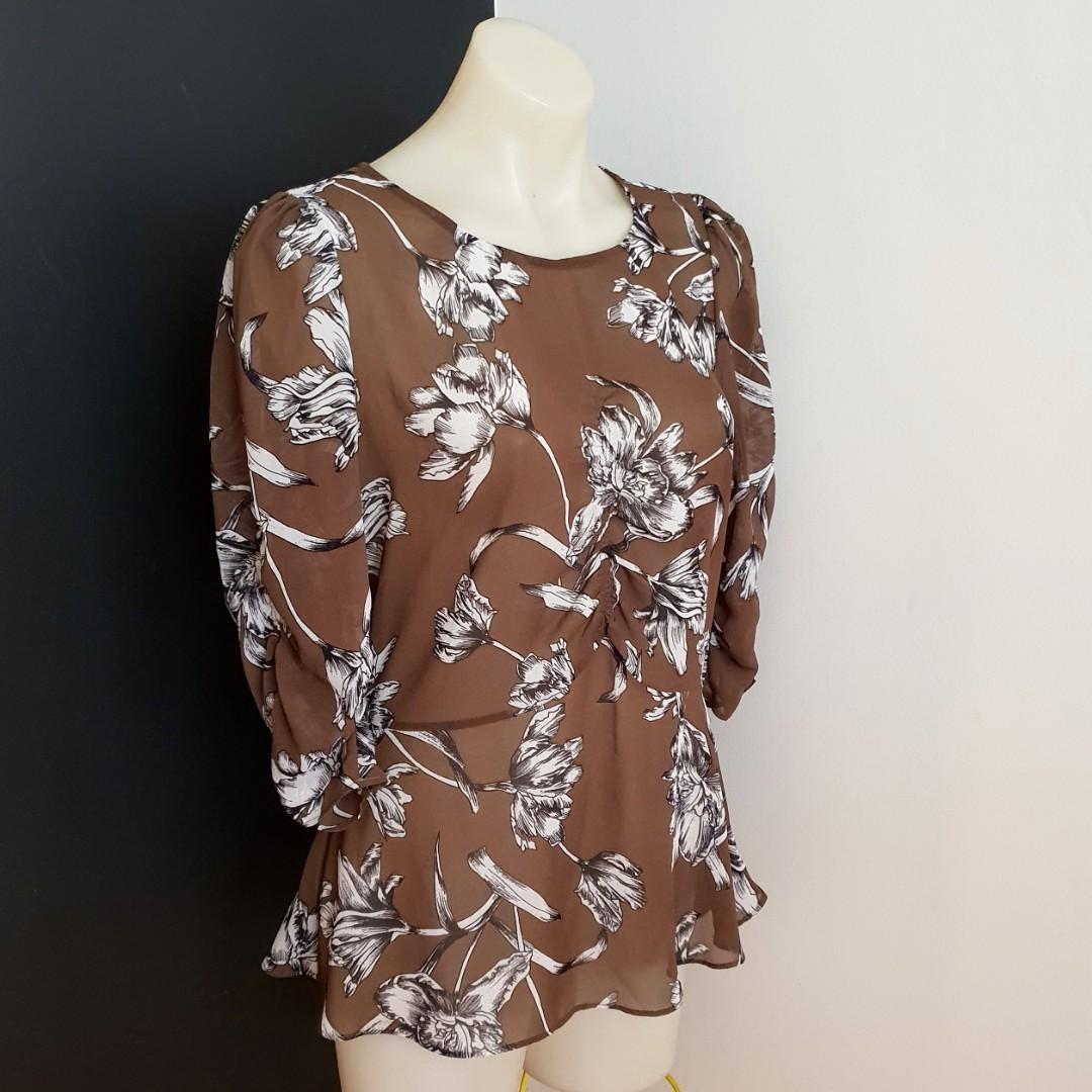 Women's size 12 'PORTMANS' Gorgeous khaki floral print semi sheer blouse -AS NEW