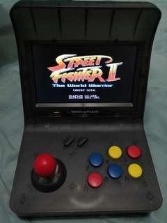Retro arcade 迷你街機連兩手制 99%新只開著試機拍照