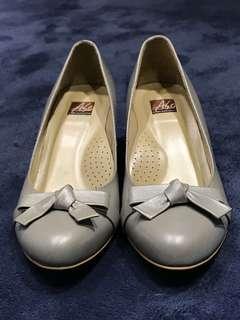 🚚 銀色蝴蝶結高跟鞋(免運)