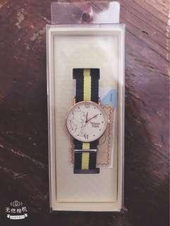 🚚 小熊維尼手錶