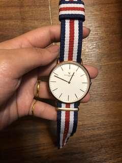 🚚 范倫鐵諾V 女錶