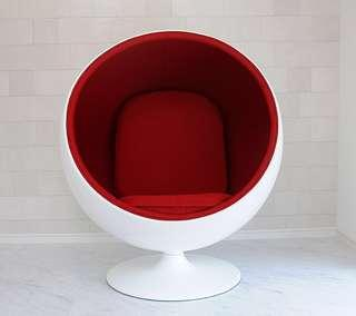 White/Red Modern Egg Chair