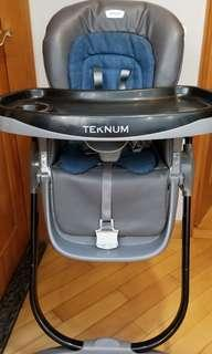 Adjustable Baby to Junior High chair *Mint Condition*