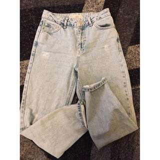 Topshop Mom Distressd Jeans