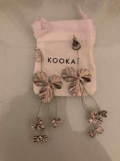 Kookai Flower earrings