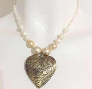 Pearl and Pendant ladies necklace handmade