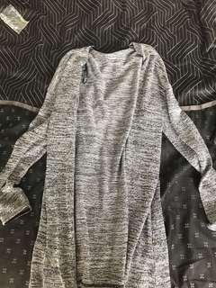 Basic cardigan, size L