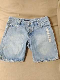97 jeans 牛仔短褲