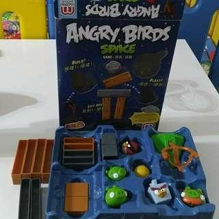 🚚 美國MATTEL 憤怒鳥經典遊戲 建築積木 彈弓發射器