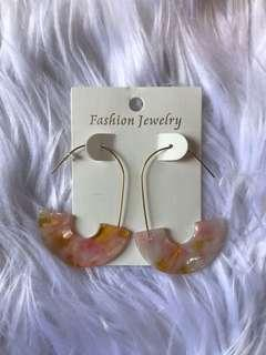 Turtle shell inspired earring - yellow