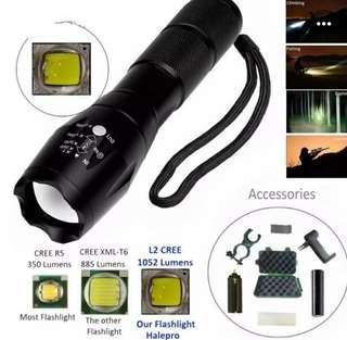 L2 Cree LED Zoom Flashlight
