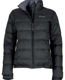 Macpac puffer jacket size 12 but fits size 8 (I'm a size 8)