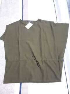 NWT - Olin label blouse