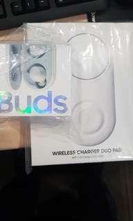 Samsung Galaxy Buds and Charging Pad