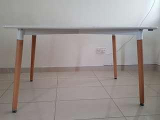 ( $30-strictly selfcollect only) Dining table