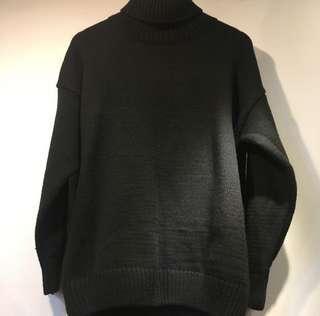 🚚 高領黑色毛衣,寬褲